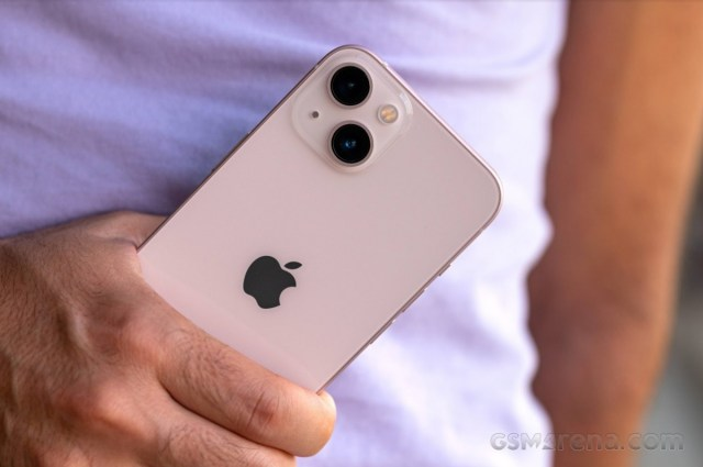 Apple iPhone 13 in for review