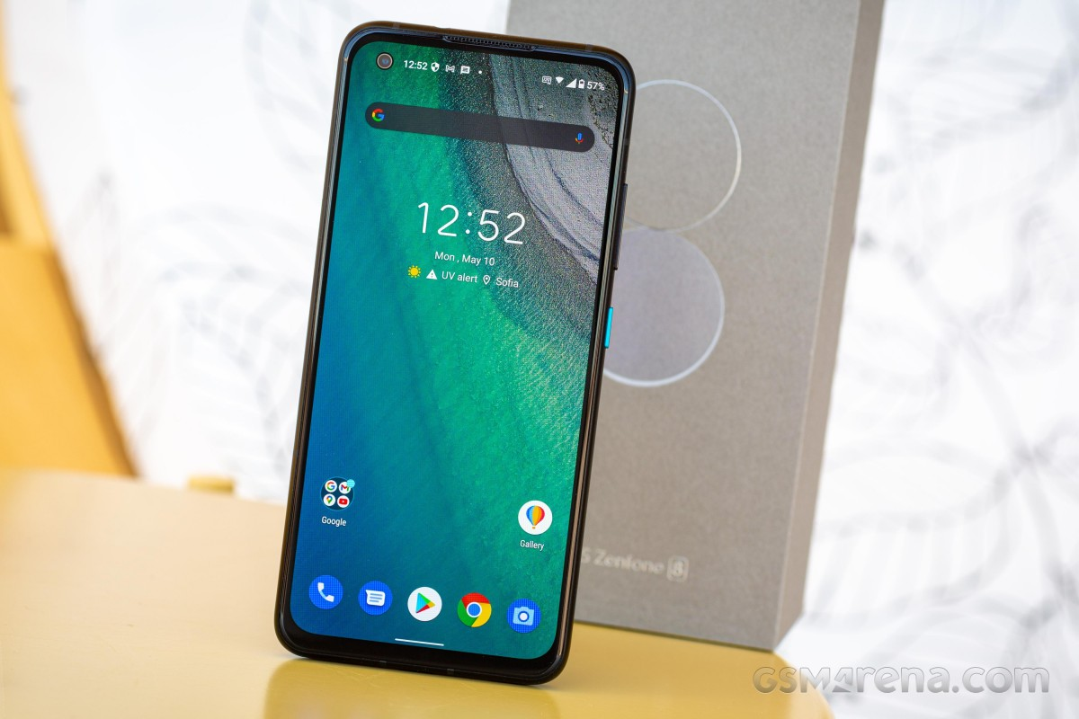 Asus merekrut penguji beta Android 12 untuk Zenfone 8