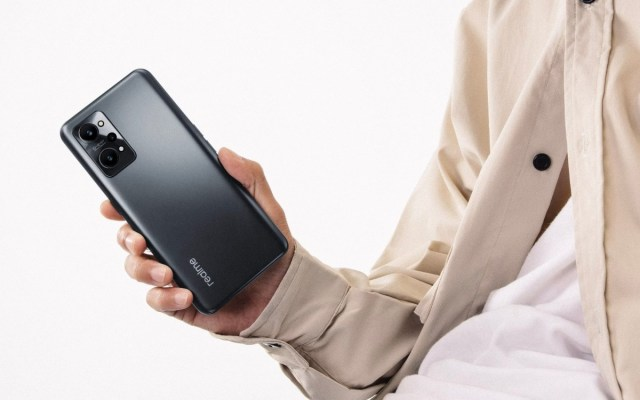 Realme GT Neo2 arrives with Snapdragon 870 and improved cooling