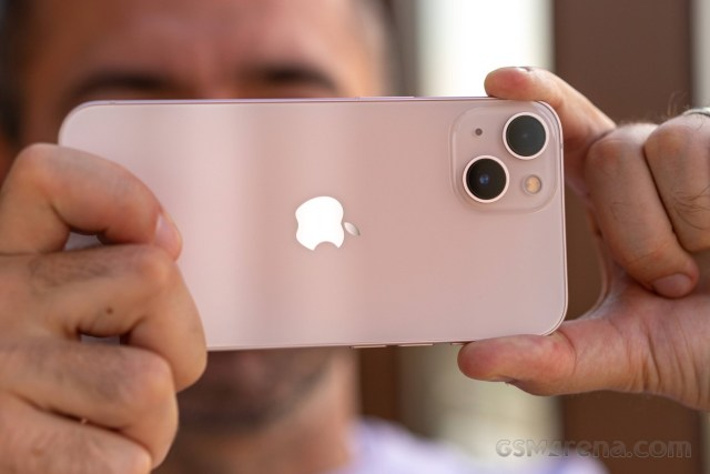Our iPhone 13 video review is up