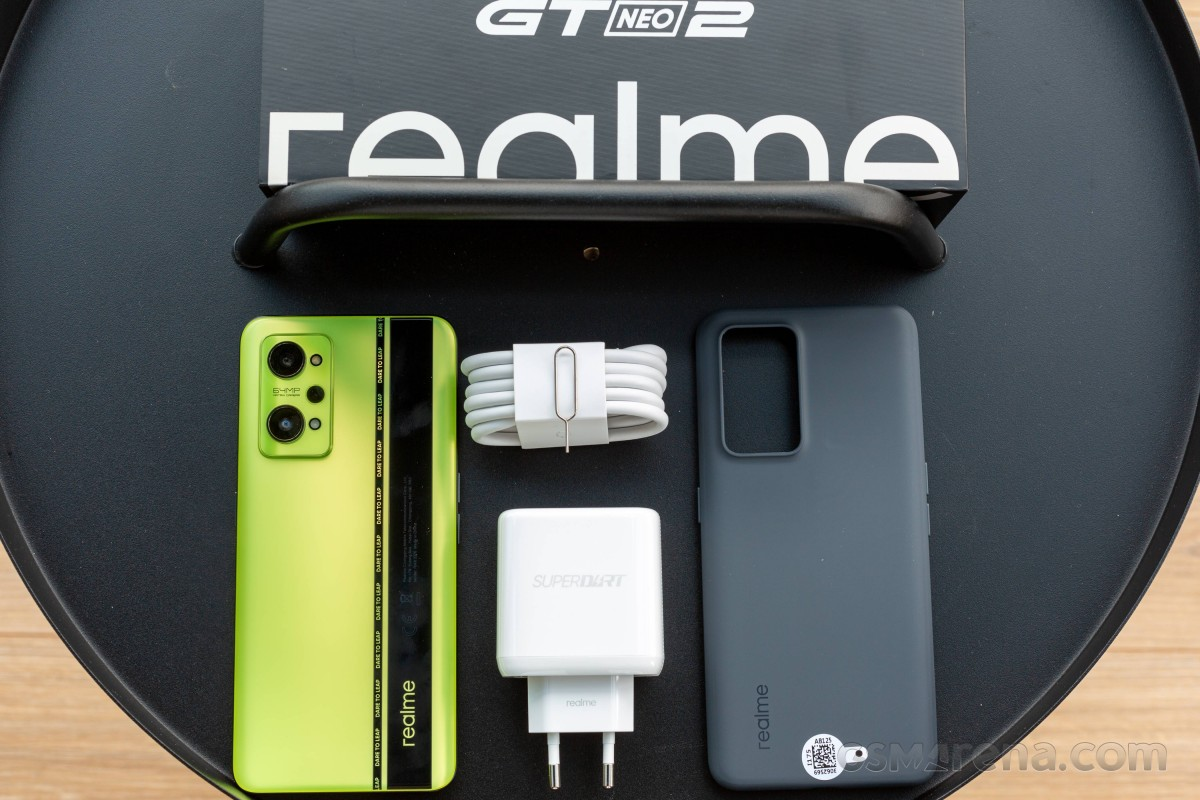 Realme GT Neo2 masuk untuk ditinjau