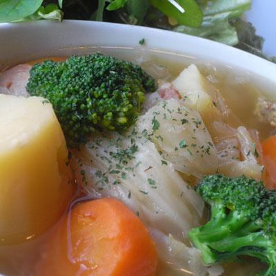 ゴロゴロ野菜のポトフ