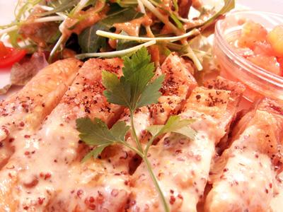 鶏肉のソテー マスタードソース