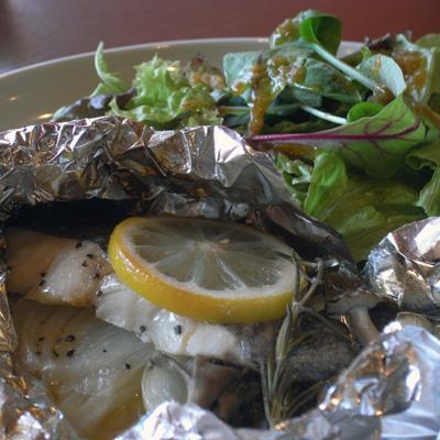ホキ(白身魚)のホイル包み焼き