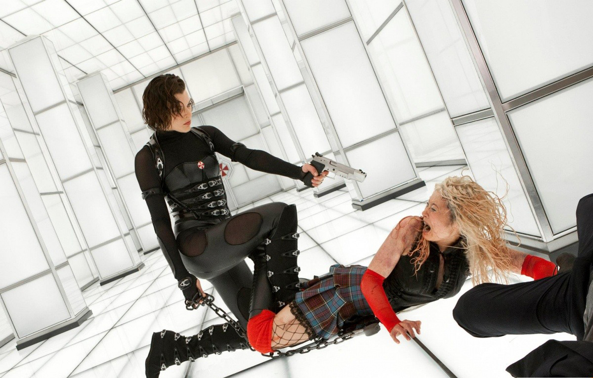 Movie Review Resident Evil Retribution 2012 Colette Arrand