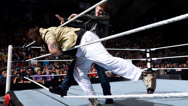 WWE Dean Ambrose vs Bray Wyatt