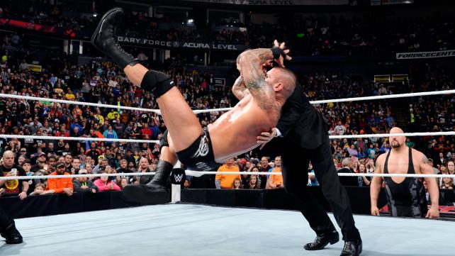 WWE Raw Randy Orton RKO
