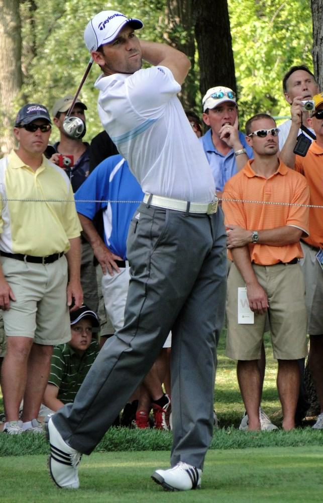 Sergio Garcia has a huge bulge... (5/5)