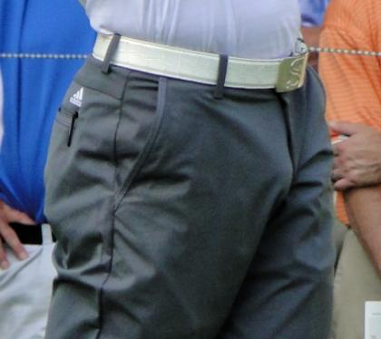 Sergio Garcia has a huge bulge... (2/5)