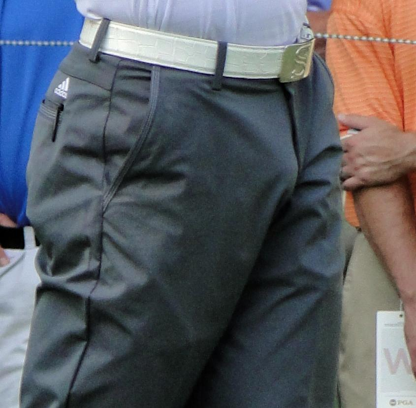 Sergio Garcia has a huge bulge... (3/5)