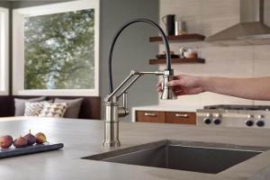 10 Lovely Kitchen Faucet Ideas For Adorable Washing Time