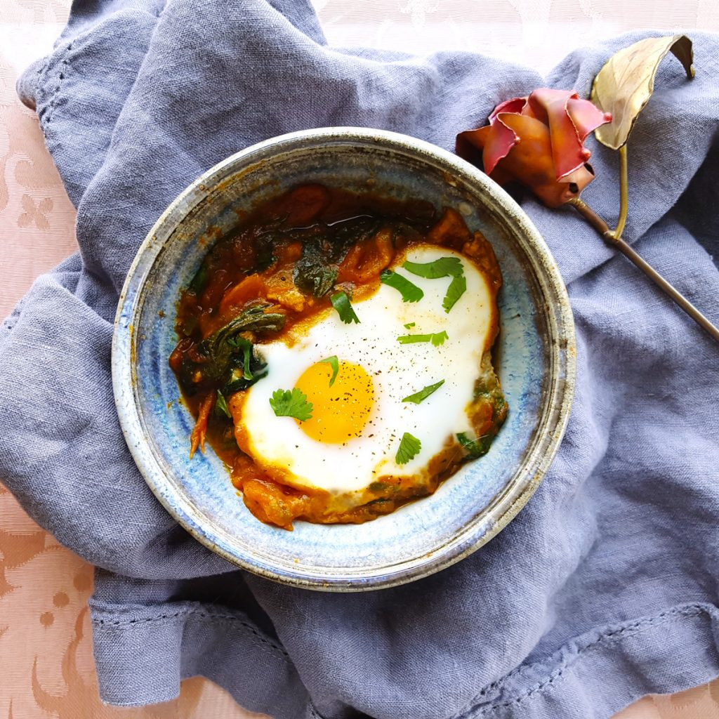 South Asian Spiced Shakshuka with Bell Pepper and Spinach   Feast In Thyme