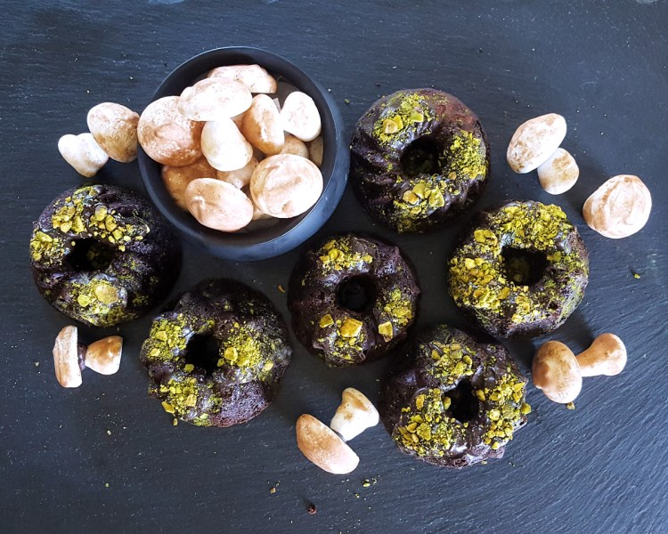 You don't have to choose between tricks or treats with this special dessert! Delicious and decadent, Mini Bourbon Dark Chocolate Cakes with Matcha Pistachio Moss are an eerie and whimsical addition to any Halloween Party. | FeastInThyme.com