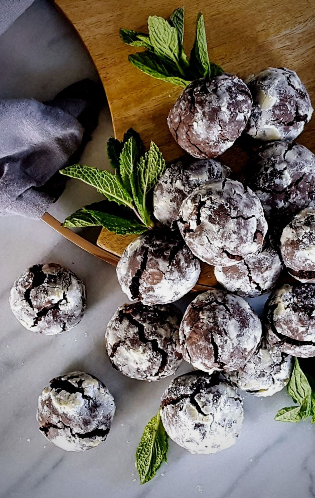 Double Mint Chocolate Chip Crinkle Cookies