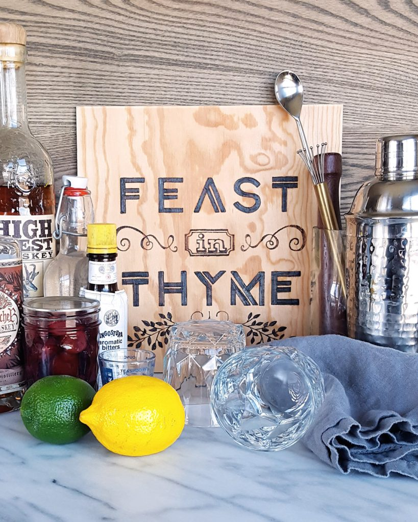 A Feast In Thyme bar set-up for the holidays | FeastInThyme.com