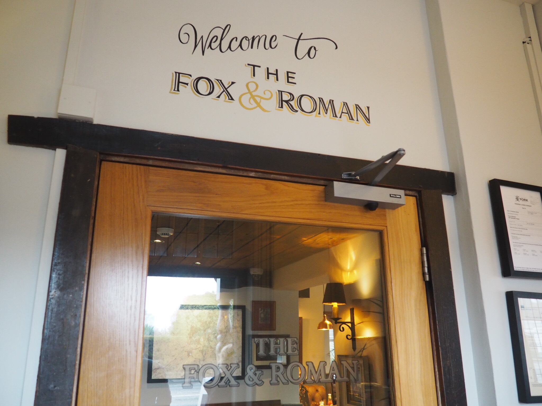 Welcome-To-The-Fox&Roman-York
