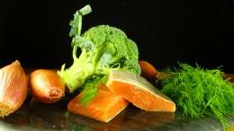 salmon_and_broccoli