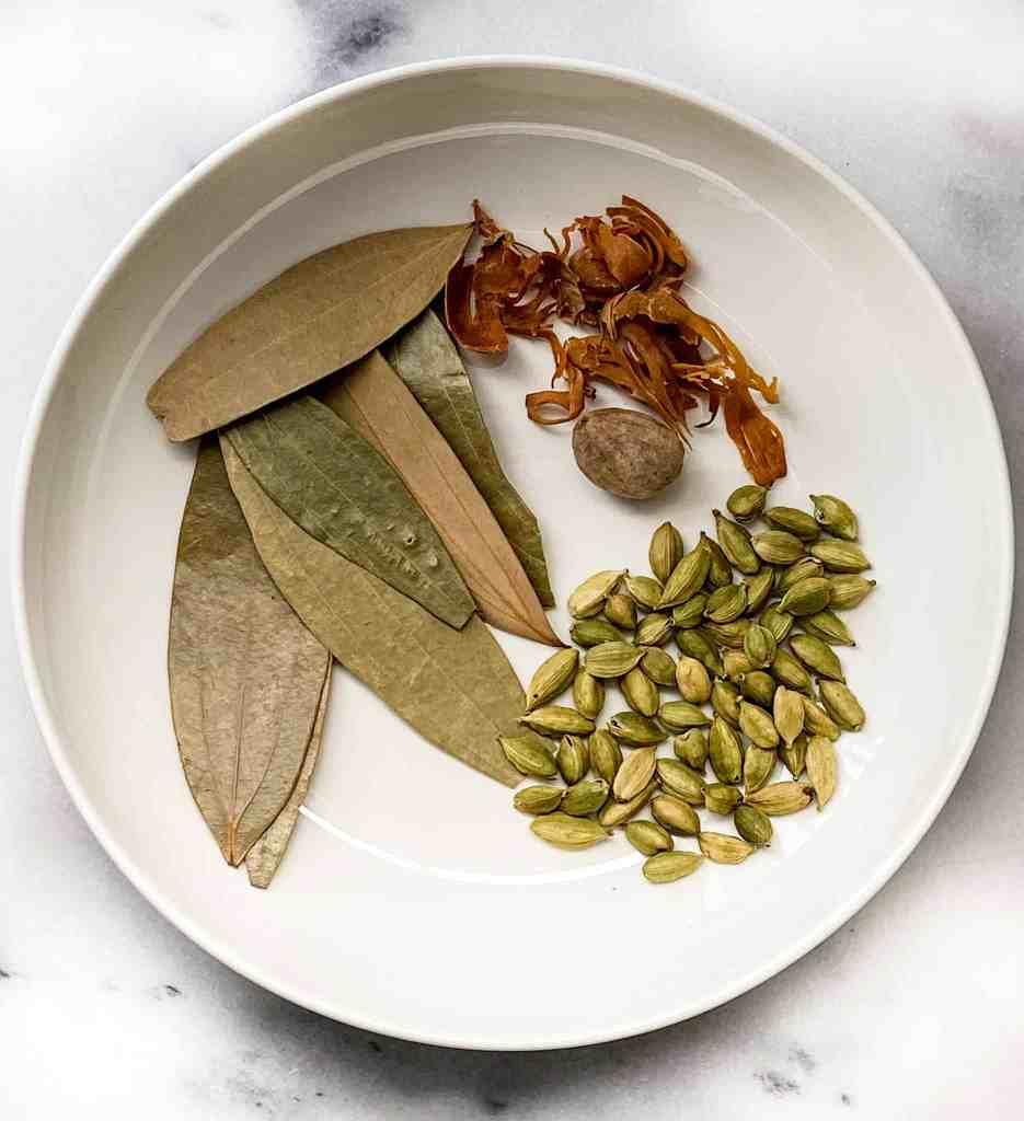 how to make Garam Masala at home?