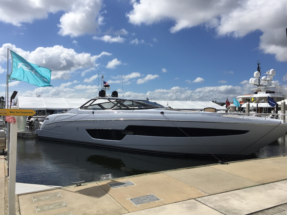 Top 10 Boats At 2015 Ft Lauderdale International Boat