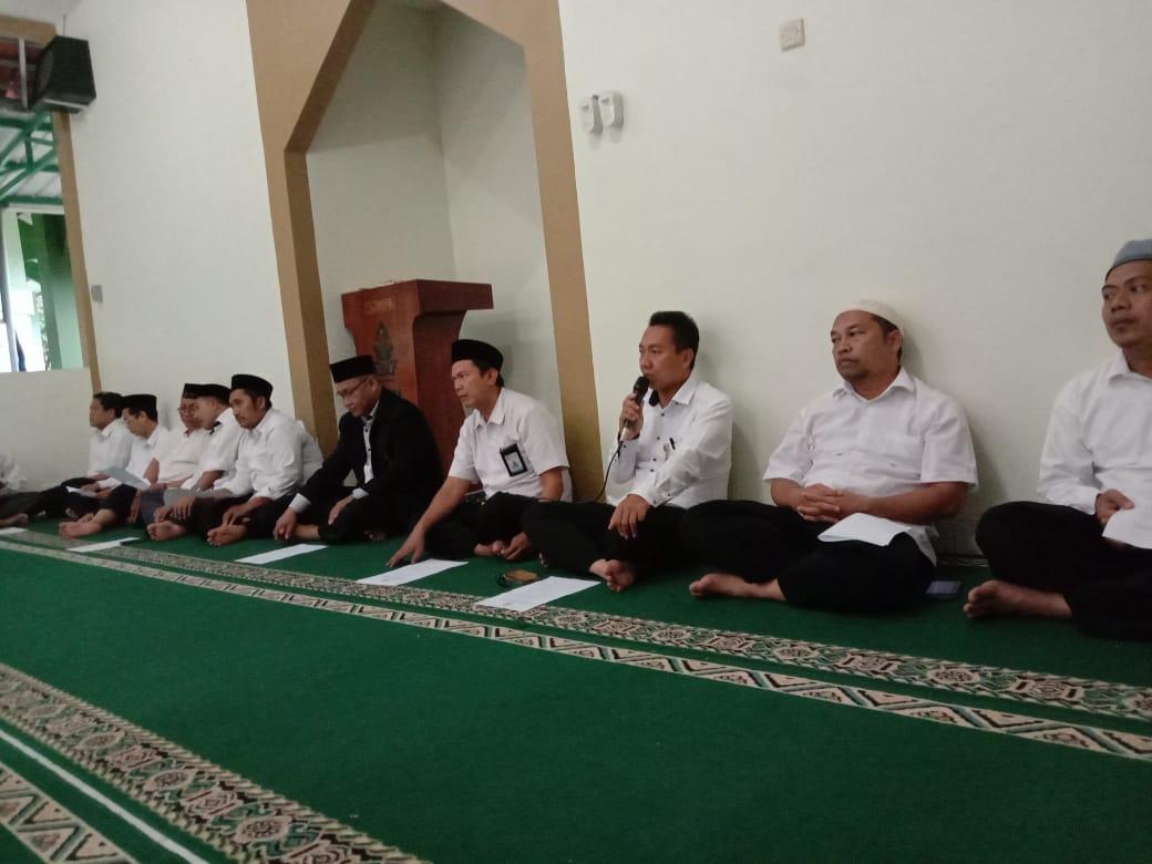 Awali Perkuliahan, Fakultas Ekonomi dan Bisnis Islam UIN Walisongo Adakan Istigosah Bersama