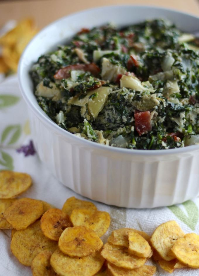 Spinach Artichoke and Bacon Dip - a creamy, dairy-free and paleo dip that you can eat warm or cold with your favorite chips and veggies! | fedandfulfilled.com