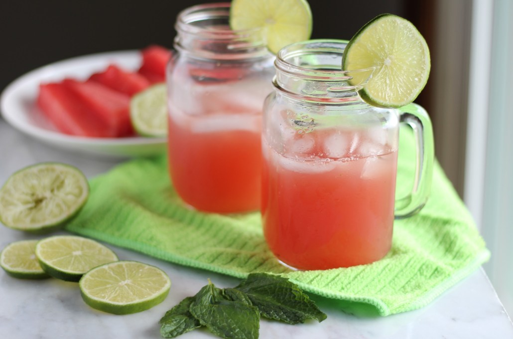 Sparkling Watermelon Mint Agua Fresca - a delicious, thirst-quenching drink made with only 5 ingredients! You have to try this! | fedandfulfilled.com