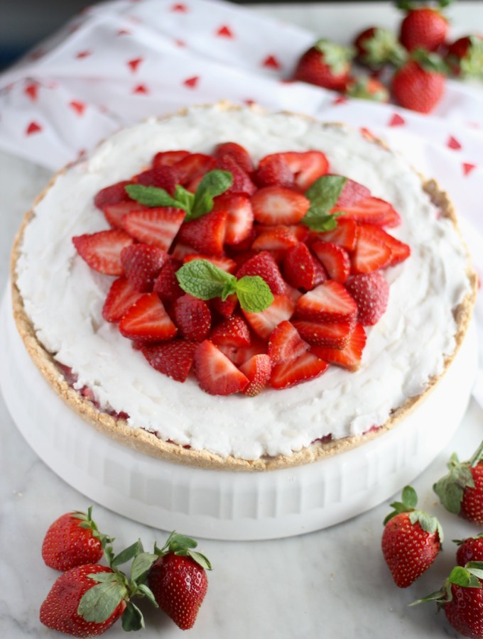 Paleo Strawberries and Cream Tart (AIP, Vegan)