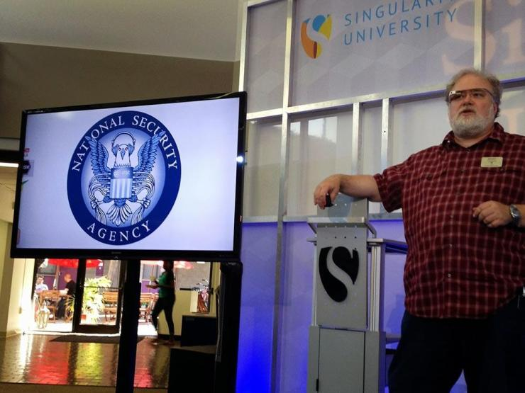 Brad Templeton insegna una classe a Singularity University NASA Ames Silicon Valley nel 2012
