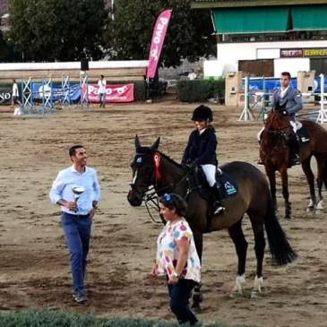 Gran triunfo de la joven amazona cántabra Celia Cobo en Cáceres