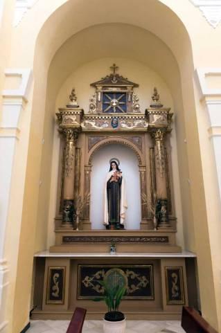Retablo de Santa Teresita del Niño Jesús.