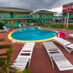 Camera Club - Coles Motel