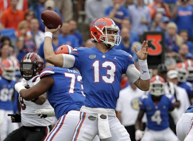 S Carolina Florida Football 80213 - Franks silences crowd, Florida beats South Carolina 35-31
