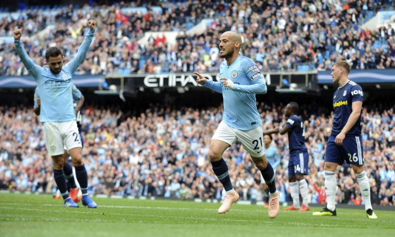 Britain Soccer Premier League 58560 - Man City led out by 102-year-old mascot for EPL match