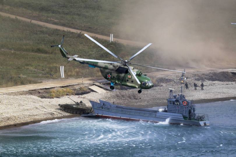 Russia War Games 38038 - Russia's biggest war games include submarine hunt in Pacific