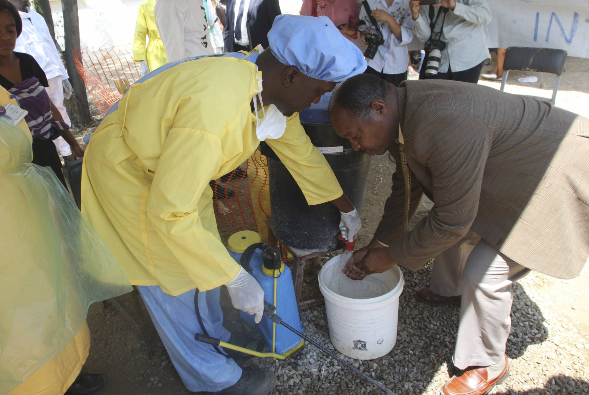 Broken sewers blamed for Zim's cholera outbreak