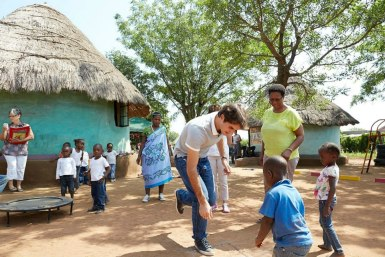 federer_2013_southafrica_RF_foundation_15