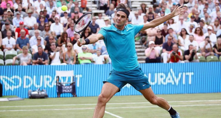 Federer Defeats Kyrgios, Reclaims World #1 Ranking