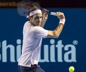 Federer Moves Past Struff in Basel