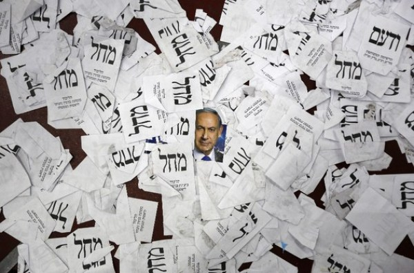 Benjamín Netanyahu ganó las elecciones parlamentarias en Israel. Tras su triunfo el martes pasado se conoció que estaría formando un nuevo Gobierno con fuerzas políticas derechistas. Crédito por la imagen: Reuters.