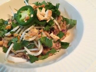 asian zucchini noodle bowls