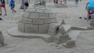 The Edward Snowden story reduced to its most basic sandcastle form