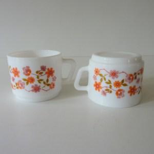 tasses scania arcopal fleurs orange vintage 3