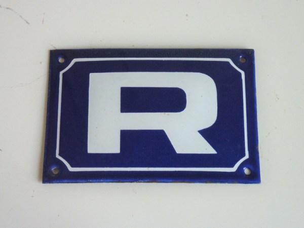 Plaque émaillée Lettre R