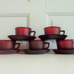 Tasses et sous-tasses Sierra rouge Arcopal