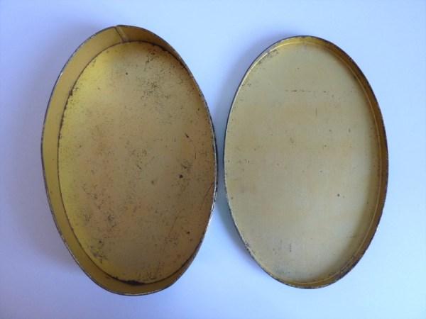 Boite ancienne en métal Cote d'Or