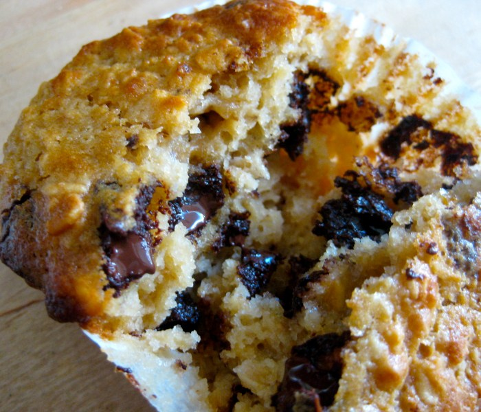 Buttermilk, oat and chocolate chunkmuffins