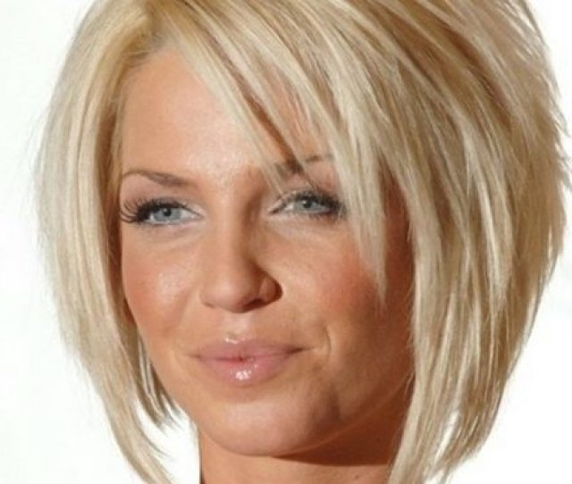 Stylish Short Haircuts For Women Over