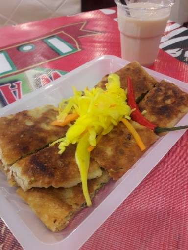 Martabak. Een soort Indonesische omelet die ik tot de Tong Tong Fair niet kende.