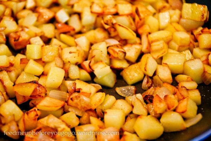 Kartoffeln anbraten für spanische Tortilla