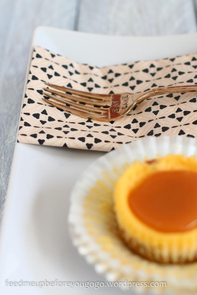 Mini Cheesecakes mit Salzkaramell -4